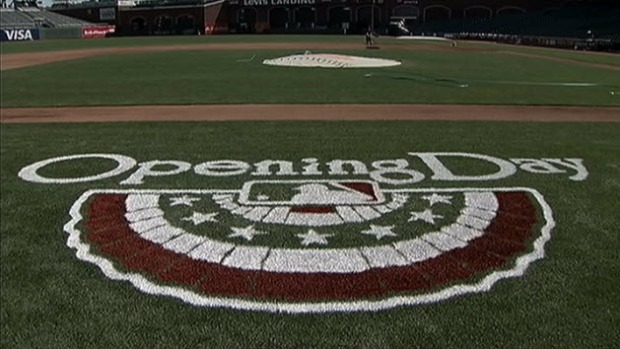 [BAY] San Francisco Giants Fans Ready for Home Opener