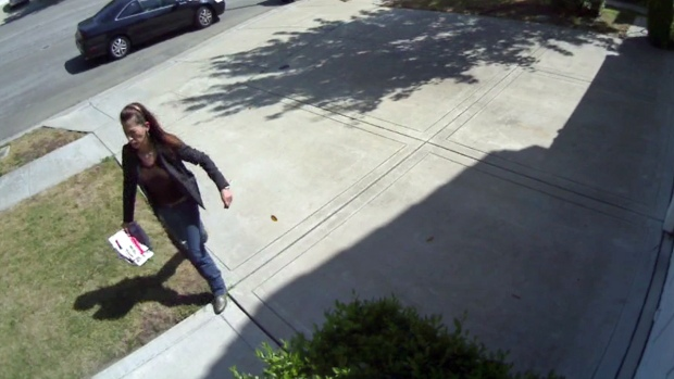 [BAY] Raw Video: Homeowner Claims Clip Shows Woman Stealing Package Off Porch