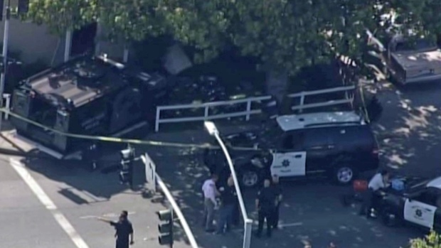 [BAY] RAW VIDEO: SWAT Car Rams Into Sunnyvale Home After OIS