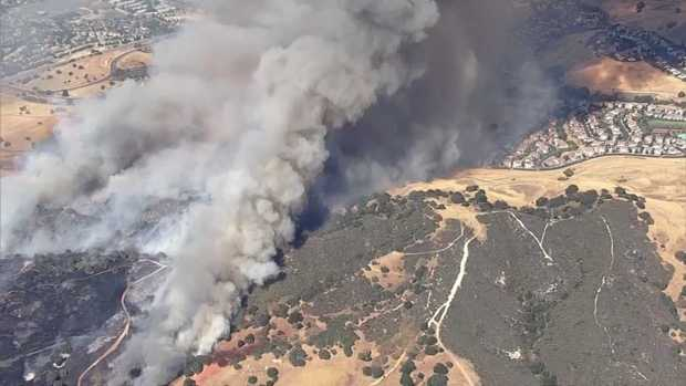 [BAY] 4-Alarm Brush Fire Prompts Evacuations in Concord