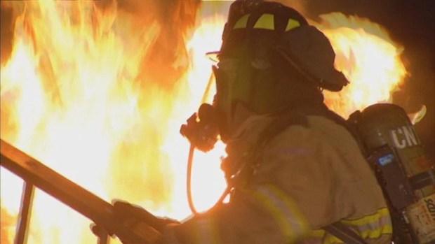 [BAY] Raw Video: Fire Crews Battle Fire at Manresa Restaurant in Los Gatos