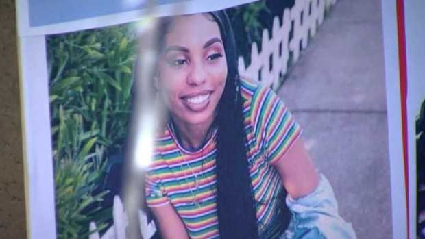 [BAY] Dozens Pay Respects to BART Stabbing Victim Nia Wilson