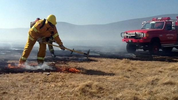 [BAY] Wind, Flames Spark Havoc Across Bay Area
