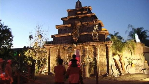 'Temple of Doom' Halloween House in San Jose