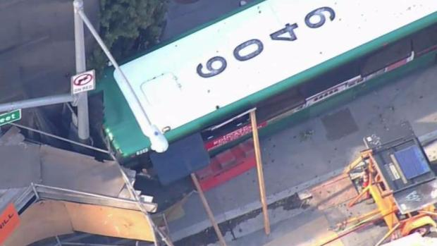 At least 4 hospitalized after 2 buses crash in San Francisco