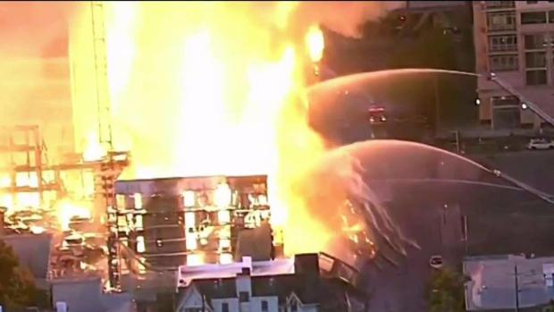 4-Alarm Oakland Construction Site Fire Displaces 100 People