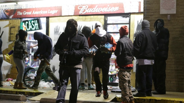 Protests, Looting in Ferguson After Grand Jury Decision