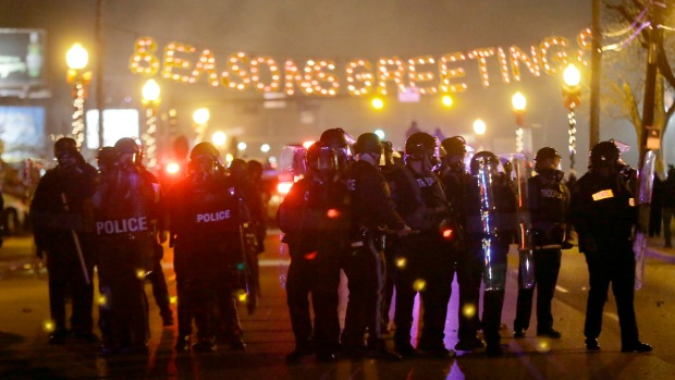 Chaos Fills Ferguson After Grand Jury Decision