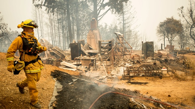 Dramatic Images: Destruction, Aftermath of the Loma Fire
