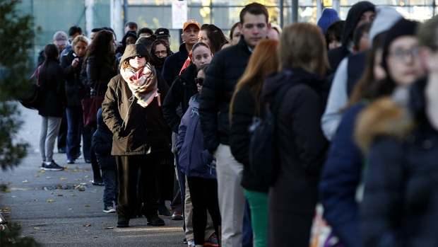 [NATL] Long Lines Form as Polls Open Across the Eastern US