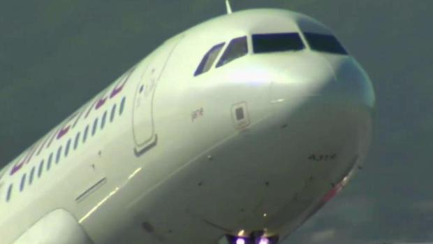 Plane almost lands on occupied runway in San Francisco