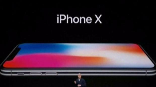 Employee Reportedly Let Go After Daughter Demos iPhone X