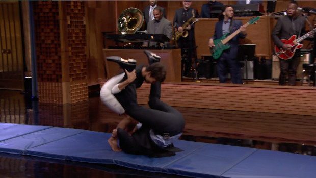 """[NATL] Halle Berry, Jimmy Fallon Roll Out on """"The Tonight Show"""""""
