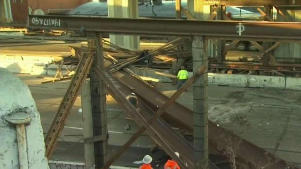 [BAY] RAW: Steel Beams Close Highway in Oakland Following Accident