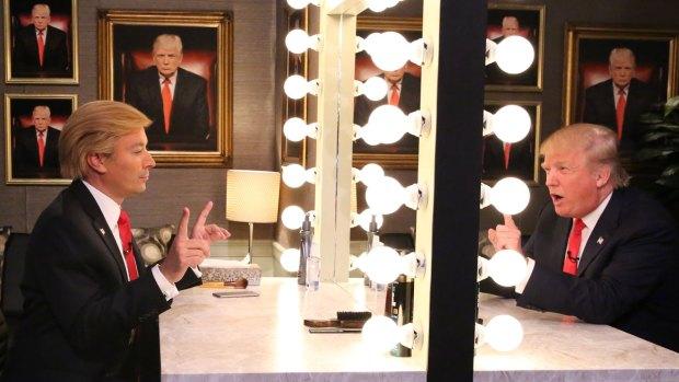 [NY] 'Tonight': Trump Interviews Himself In the Mirror