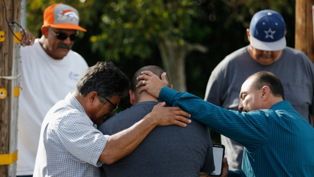 [NATL] Vigil for San Bernardino Victims Draws Thousands
