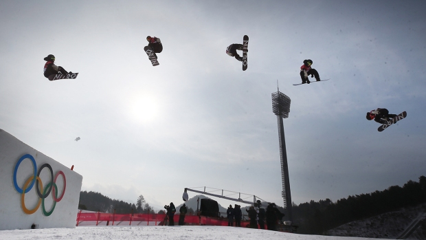 [NATL] Feb. 24 Olympics Highlights in Photos: US Takes Silver in Big Air, Wipeouts