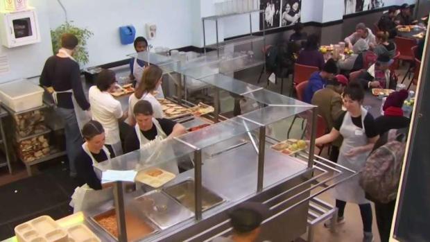 [BAY] Glide Feeding the Needy With Thanksgiving Feast