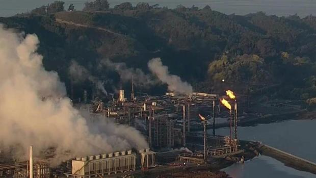 [BAY ML 11A VO ONLY] Intermittent Flaring at Chevron Refinery in Richmond