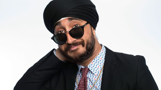 Sikh Comedian, YouTuber Allegedly Forced to Remove Turban at Airport