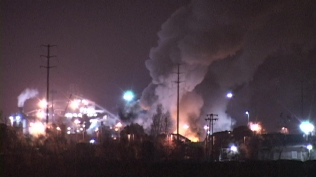 [BAY] RAW VIDEO: Smoke Billows From Sims Metal Plant in Redwood City