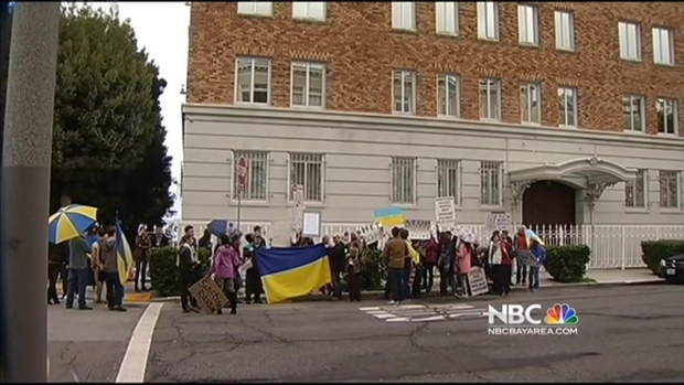 [BAY] Bay Area Ukrainians Urge U.S., World to Intervene With Russian Military's Move