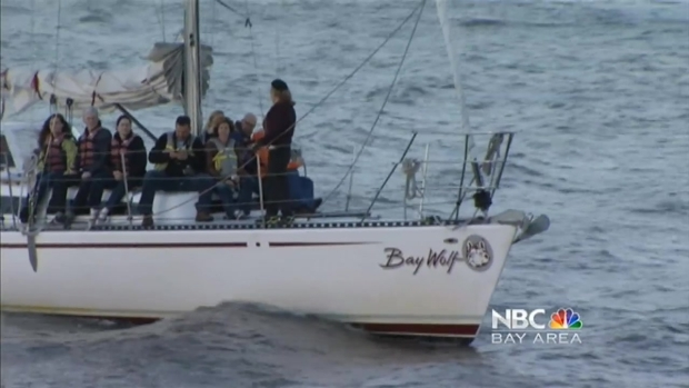 [BAY] Giants Fans Take in World Series from McCovey Cove