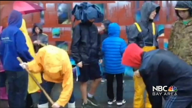 [BAY] Jewish Teens Plant Trees in Pouring Rain in Oakland