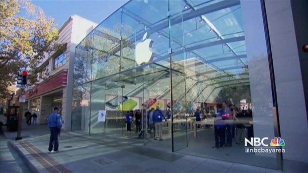 [BAY] Worldwide Protest Planned to Support Apple in Privacy Battle Against FBI