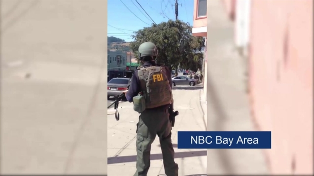 [BAY] Raw: FBI SWAT Team Search House in SF's Bayview District for Stolen Gun