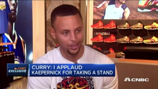 [BAY] 'I Applaud Kaepernick for Taking a Stand': Stephen Curry