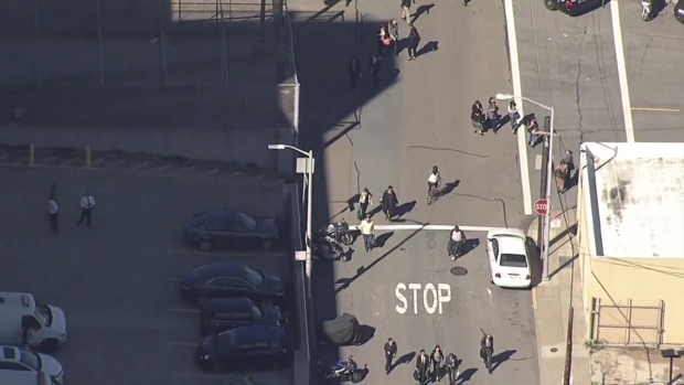 [BAY] RAW: Bomb Threat Shuts Down SF Hall of Justice