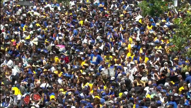 WATCH: Warriors Announcer Tim Roy Speaks at Championship Parade