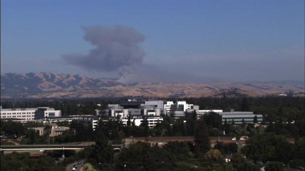 RAW: Brush Fire Burns in South San Jose