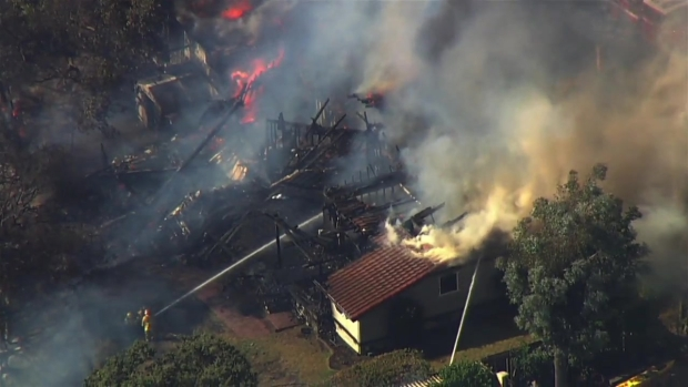 RAW: Fast-Moving Fire Burns Homes in San Jose's Alum Rock