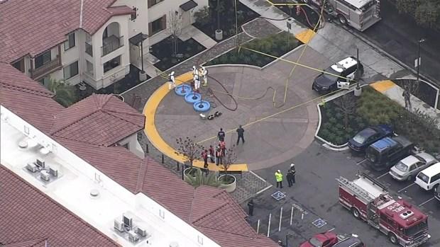 [BAY] RAW VIDEO: Officials Investigate Possible Hazmat in Menlo Park