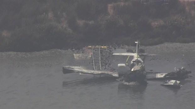 [BAY] RAW: Small Plane Crashes Offshore in Palo Alto