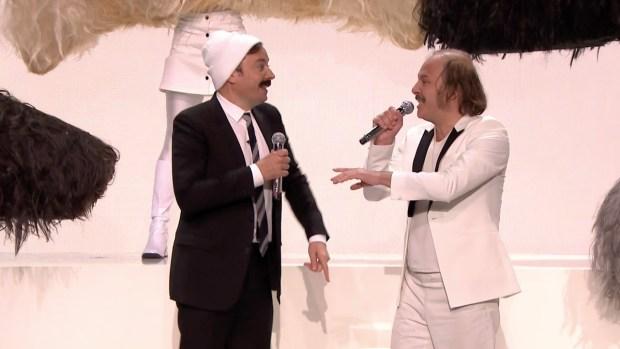 [NATL] 'Tonight': Jimmy Fallon and Katerine Sing 'Moustache'