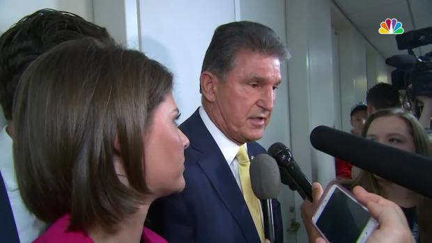 [NATL] 'Look At Us!' Protestors Confront Joe Manchin for Yes Vote on Kavanaugh Nomination