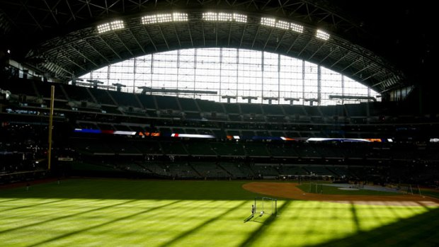 Giants Mad at Brewers' Roof Policy