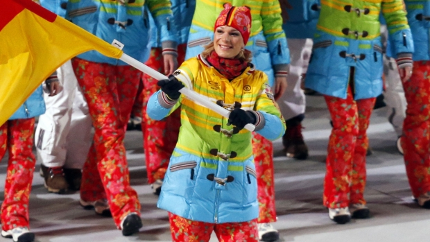 [SOCHI-NATL] Fashion Review: Best and Worst of Opening Ceremony Outfits