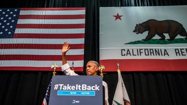 PHOTOS: Former President Barack Obama Speaks in Southern California