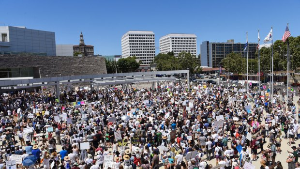 [BAY] Massive Crowds March to #KeepFamiliesTogether in Bay Area