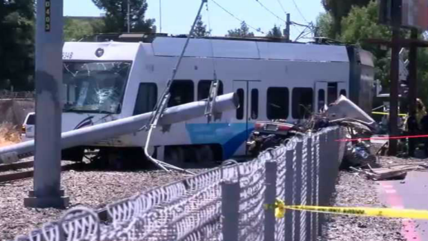 [BAY] 2 Reportedly Dead After VTA Train, Car Collide in San Jose