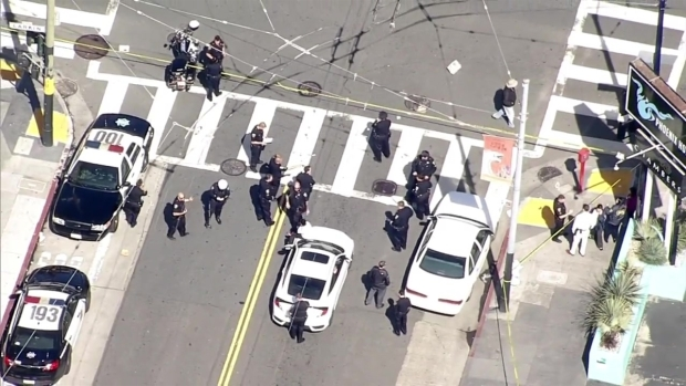 RAW: Police Activity Closes Down Streets in SF's Tenderloin District