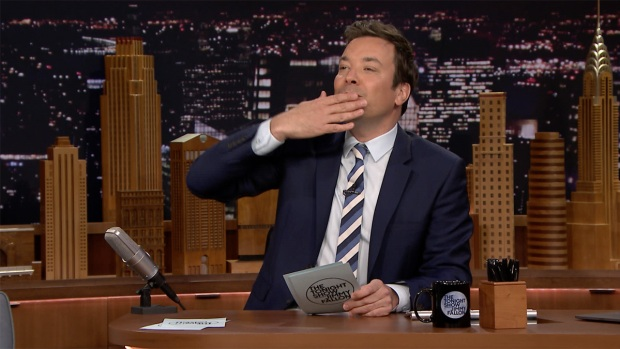 [NATL] 'Tonight': Fallon Weighs Pros, Cons of Trump Returning to NY