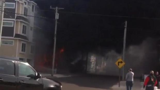 [PHI] Strong Winds Fan Intense Sea Isle Fire