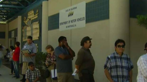 [BAY] Some Bay Area DMV Offices Open Early to Reduce Wait Times