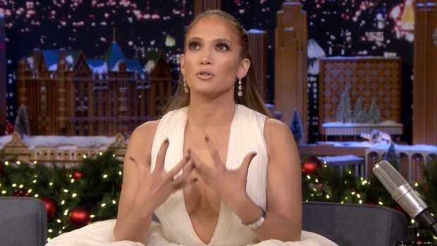 [NATL] 'Tonight': J-Lo Talks Alex Rodriguez, Directing Daughter