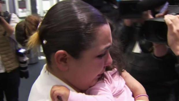[BAY] Toddler Reunited With Mother After Being in ICE Custody
